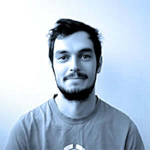 Tom, Ingénieur conception