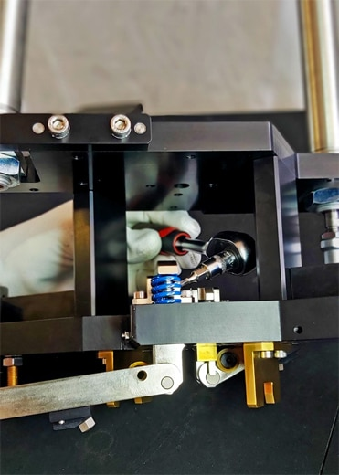 Montage mécanique de précision